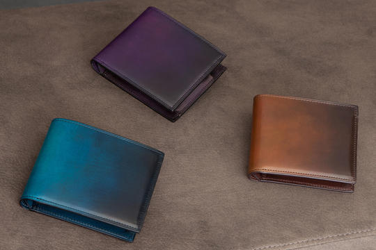日本の革職人が作る合理的な財布!二つ折り財布篇