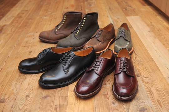 WHEEL ROBEの革靴