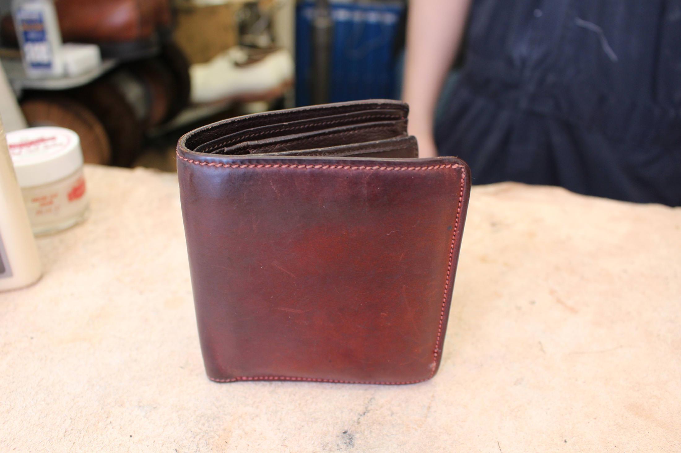 caee69ccca2c 革の財布をポケットに入れたまま洗濯しちゃった!? 革ケア失敗の対処法 ...
